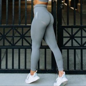 Gymshark gray Seamless Leggings small